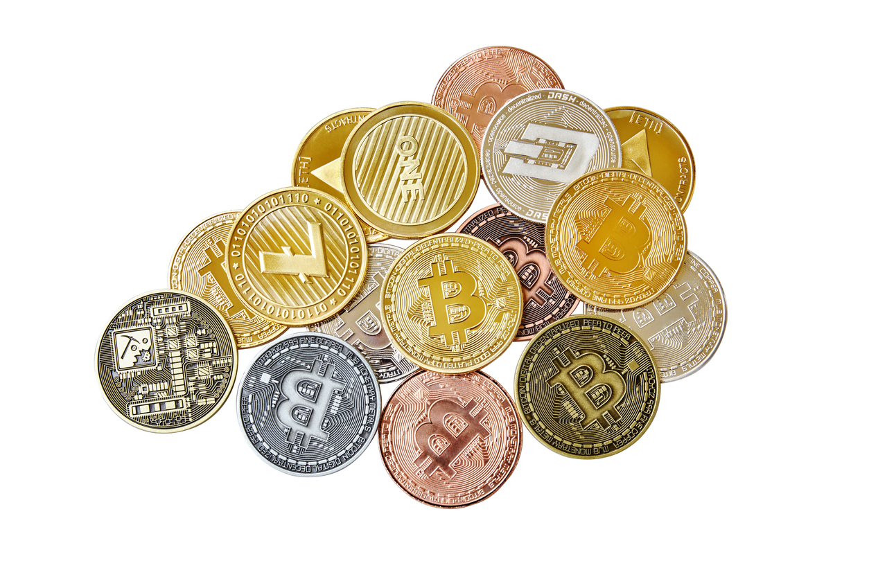 たくさんの暗号資産(仮想通貨)コイン